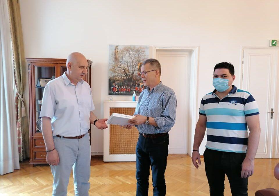 Δήμος Κοζάνης: Πρωτοπόρα εφαρμογή για την εξυπηρέτηση κωφών και βαρήκοων ατόμων